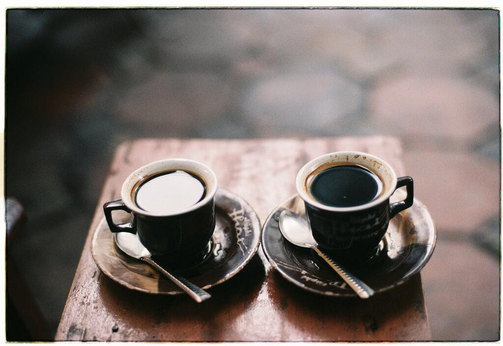 Chụp ảnh vintage cà phê