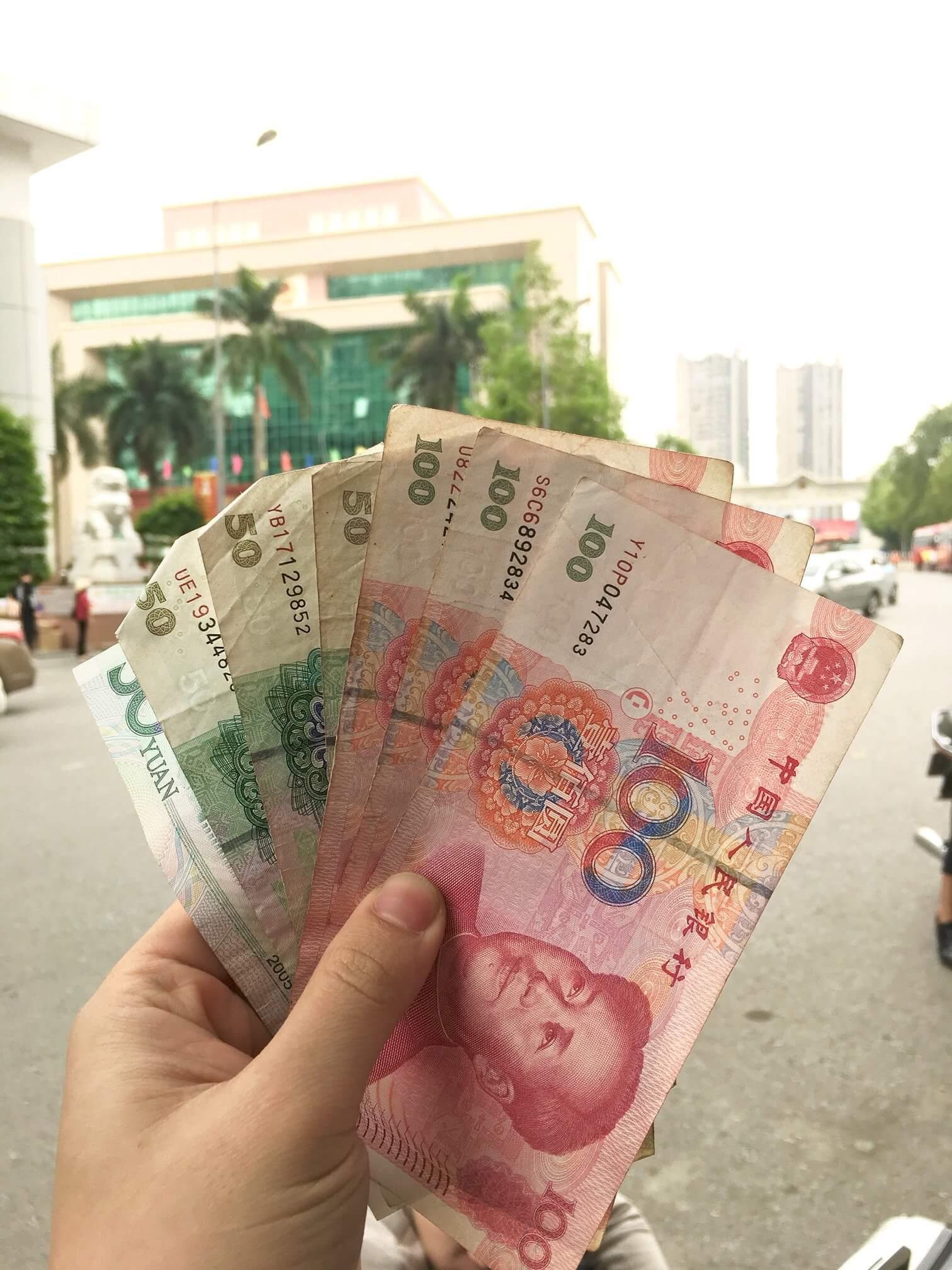 Đổi tiền Trung Quốc