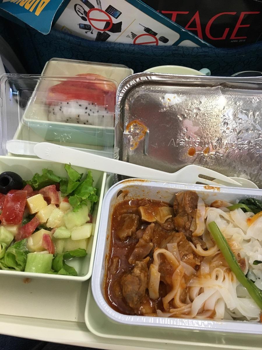 đồ ăn trên máy bay vietnamairline